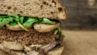 panino con beyond vegan hamburger del millenium